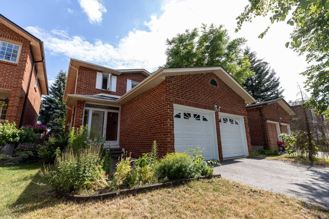 144 Crosby Ave, Richmond Hill, Ontario L4C9N5, 3 Bedrooms Bedrooms, 6 Rooms Rooms,3 BathroomsBathrooms,Detached,For Sale,Crosby,N4842510