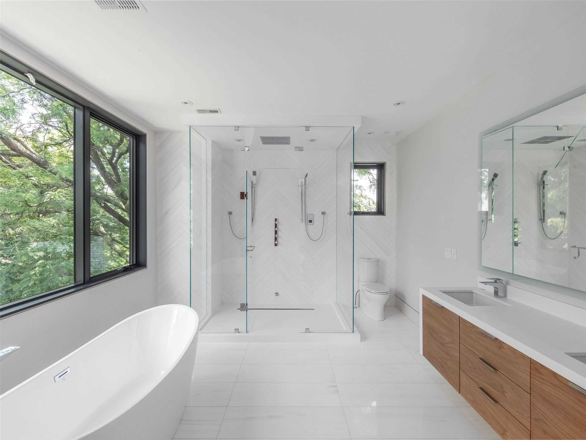 282 Dawlish Ave, Toronto, Ontario M4N1J5, 4 Bedrooms Bedrooms, 11 Rooms Rooms,6 BathroomsBathrooms,Detached,For Sale,Dawlish,C4819558