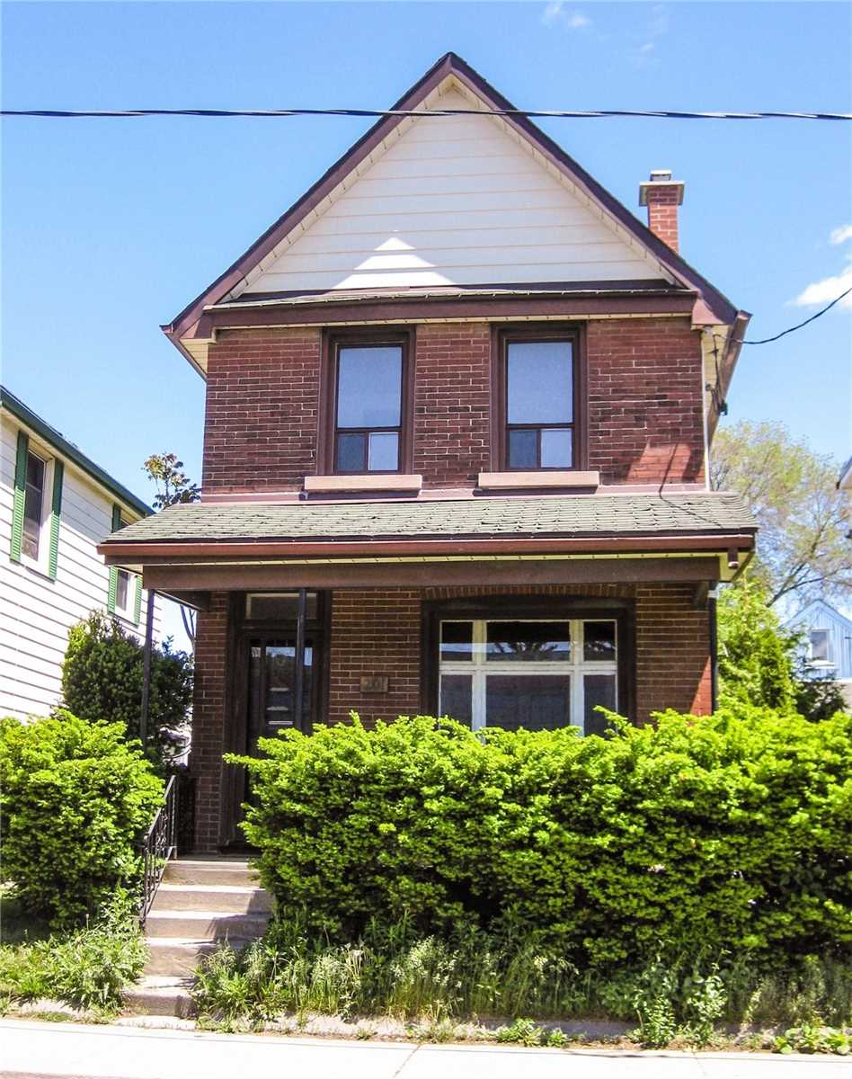 201 Christie St, Toronto, Ontario M6G3B5, 3 Bedrooms Bedrooms, 8 Rooms Rooms,2 BathroomsBathrooms,Detached,For Sale,Christie,C4808430