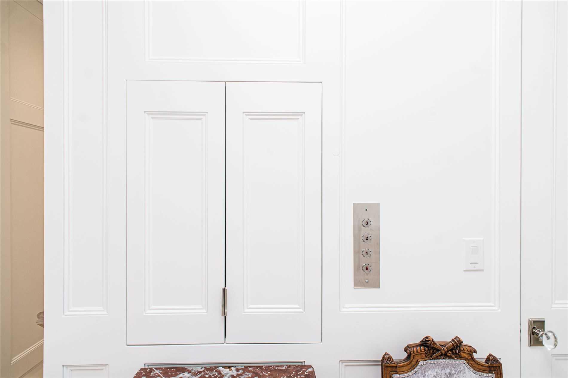 36 Berryman St, Toronto, Ontario M5R1M6, 3 Bedrooms Bedrooms, 8 Rooms Rooms,6 BathroomsBathrooms,Detached,For Sale,Berryman,C4884044