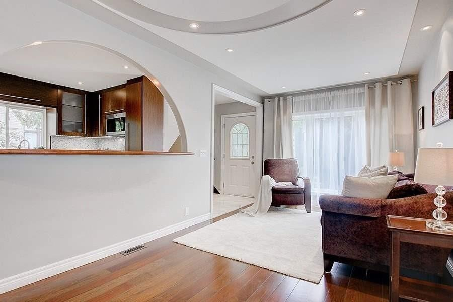 338 Willowdale Ave, Toronto, Ontario M2N5A2, 3 Bedrooms Bedrooms, 9 Rooms Rooms,3 BathroomsBathrooms,Detached,For Sale,Willowdale,C4923661
