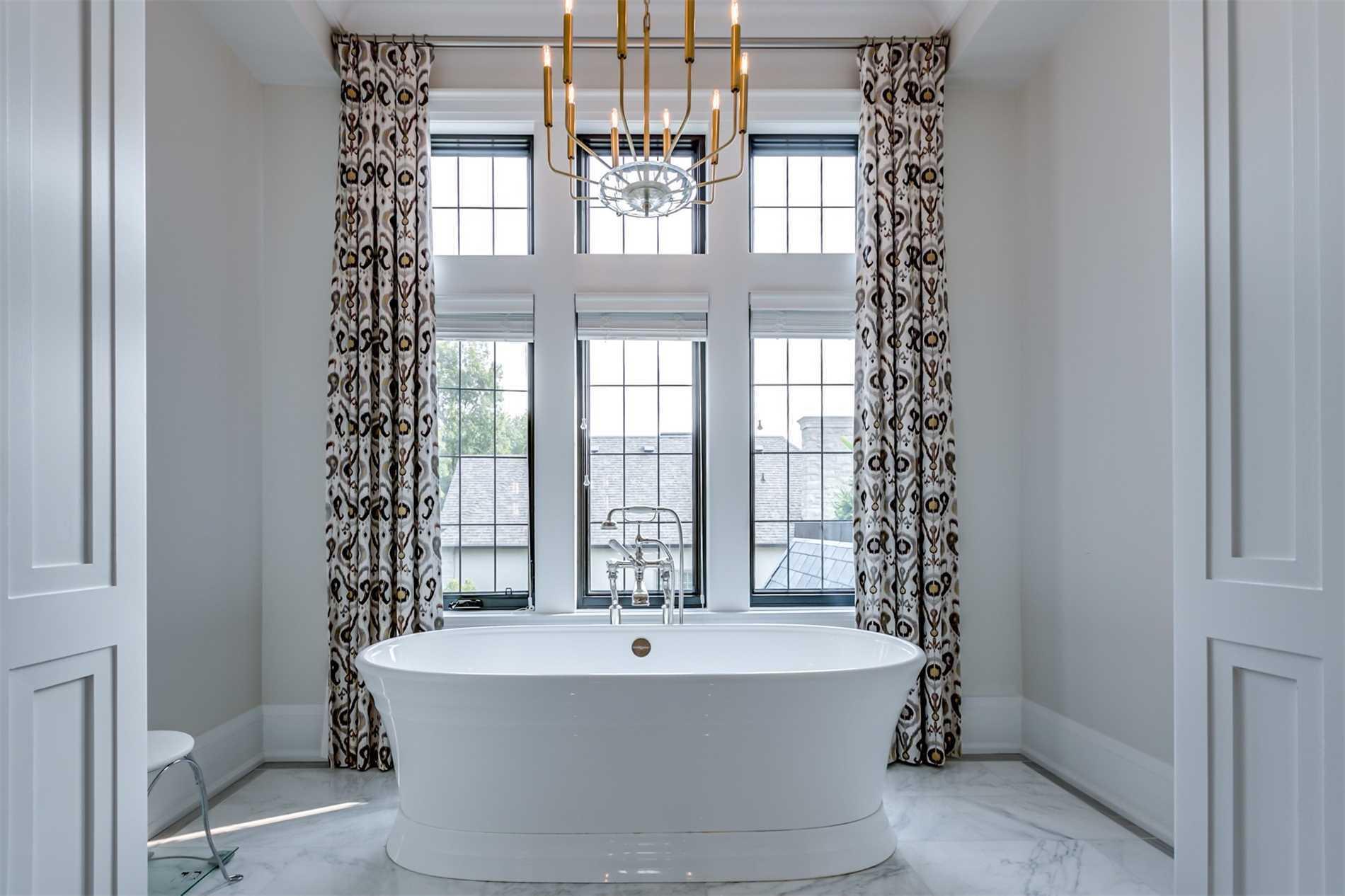 38 York Rd, Bridle Path-Sunnybrook-York Mills, Toronto, Ontario M2L 1H6, 5 Bedrooms Bedrooms, 11 Rooms Rooms,7 BathroomsBathrooms,Detached,For Sale,York,C4924810