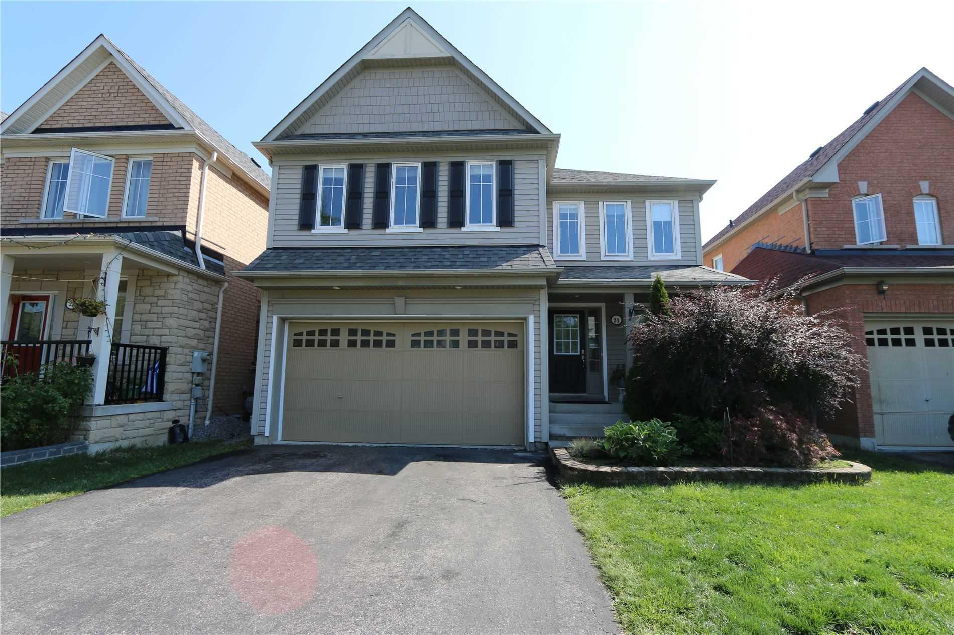 23 Tiller St, Ajax, Ontario L1Z1X9, 4 Bedrooms Bedrooms, 8 Rooms Rooms,3 BathroomsBathrooms,Detached,For Sale,Tiller,E4920689
