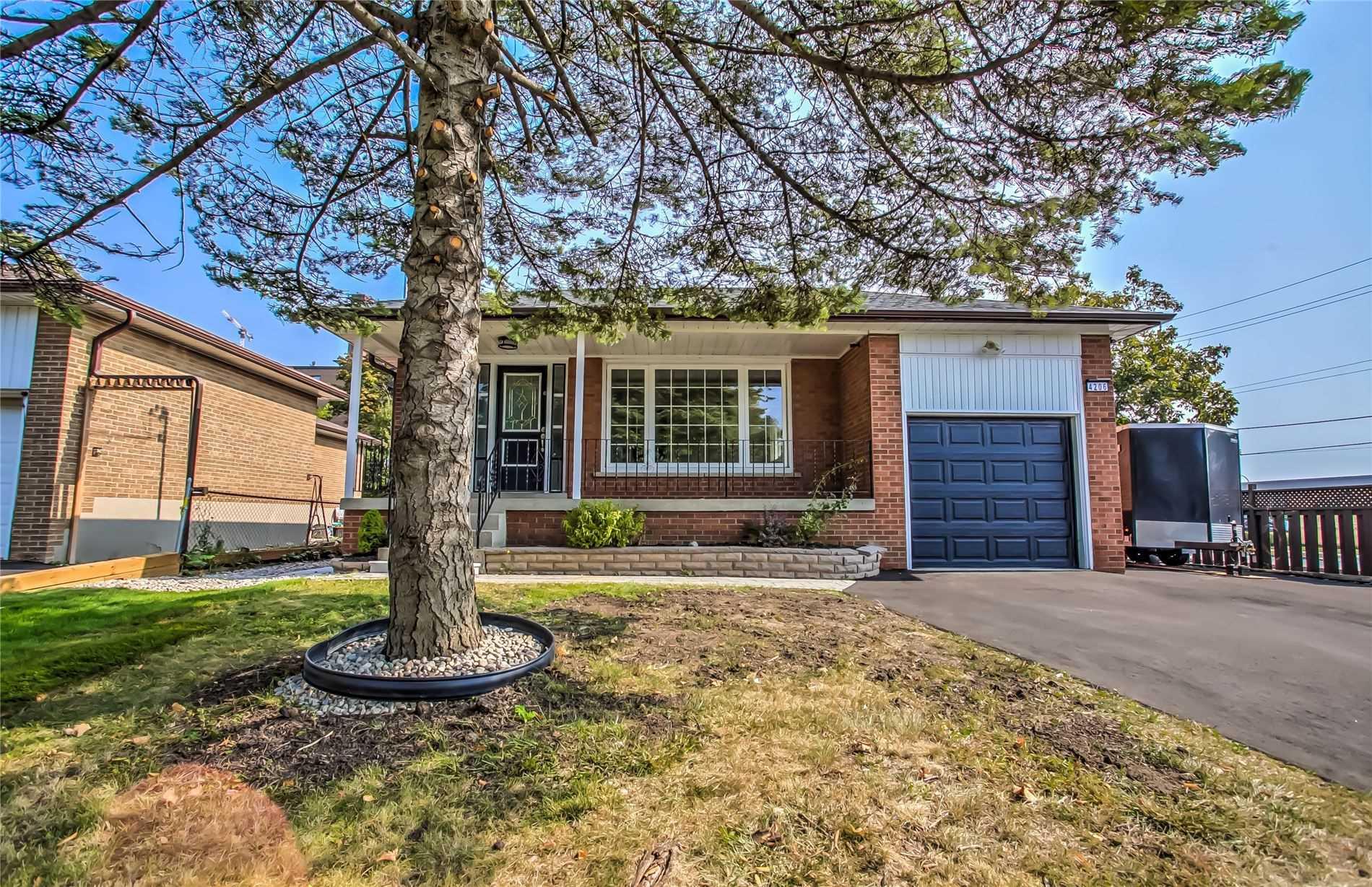 4206 Bloor St, Toronto, Ontario M9C1Z4, 3 Bedrooms Bedrooms, 5 Rooms Rooms,3 BathroomsBathrooms,Detached,For Sale,Bloor,W4927813