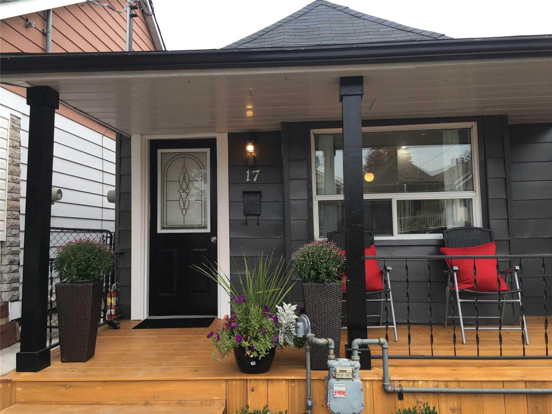 17 Cayuga Ave, Toronto, Ontario M6N2G2, 2 Bedrooms Bedrooms, 5 Rooms Rooms,2 BathroomsBathrooms,Detached,For Sale,Cayuga,W4925589