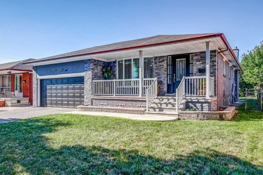 3296 Cardross Rd, Mississauga, Ontario L4X2N2, 3 Bedrooms Bedrooms, 7 Rooms Rooms,3 BathroomsBathrooms,Detached,For Sale,Cardross,W4925164