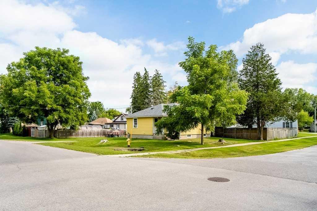 76 Jonas St, Essa, Ontario L0M1B0, 3 Bedrooms Bedrooms, 5 Rooms Rooms,1 BathroomBathrooms,Detached,For Sale,Jonas,N4904188