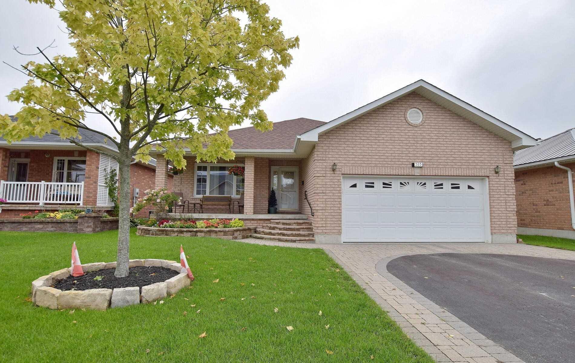 385 Wallace Dr, Kawartha Lakes, Ontario K9V 6K7, 2 Bedrooms Bedrooms, 5 Rooms Rooms,3 BathroomsBathrooms,Detached,For Sale,Wallace,X4906079