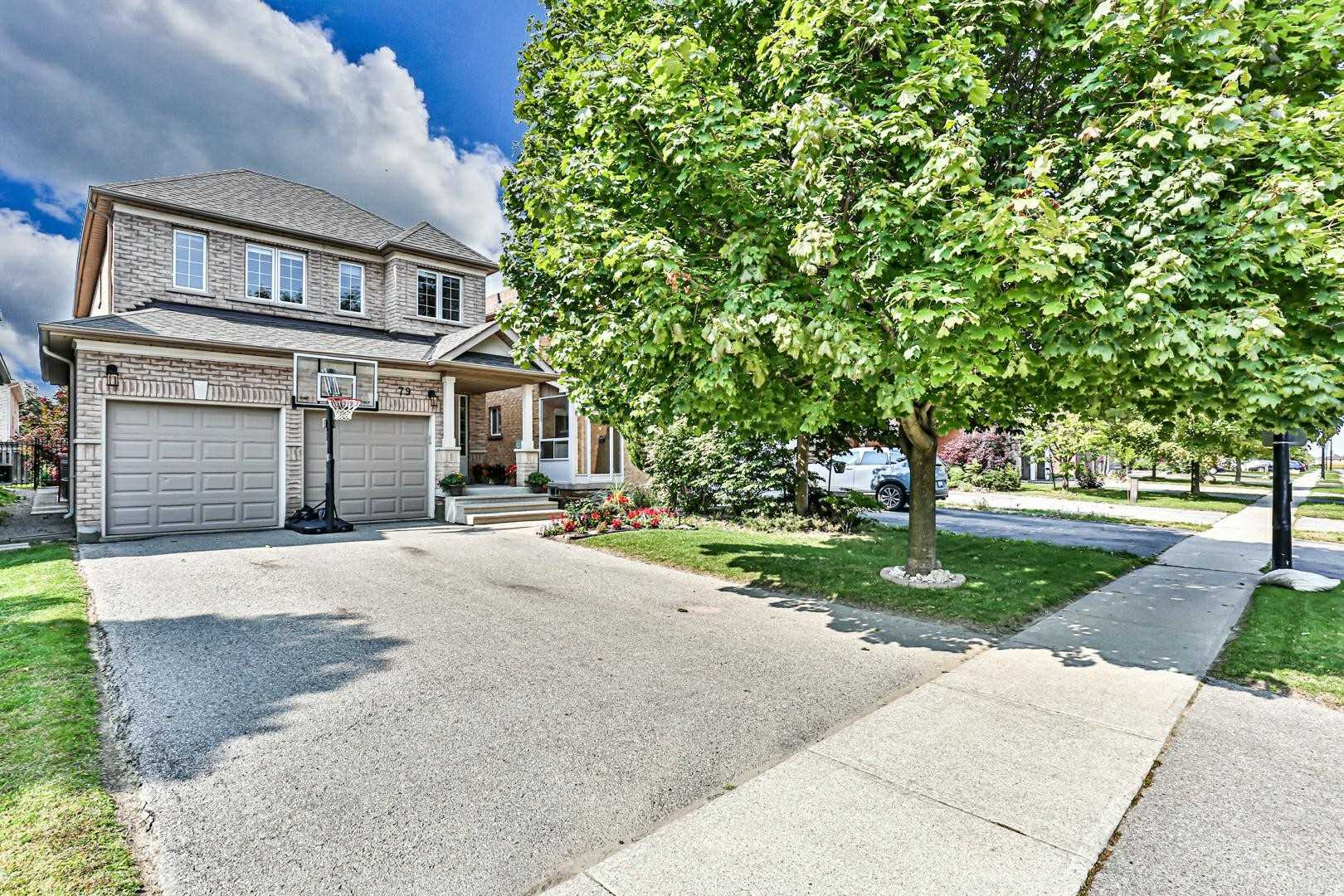 79 Jordanray Blvd, Newmarket, Ontario L3X2P8, 4 Bedrooms Bedrooms, 8 Rooms Rooms,4 BathroomsBathrooms,Detached,For Sale,Jordanray,N4924701