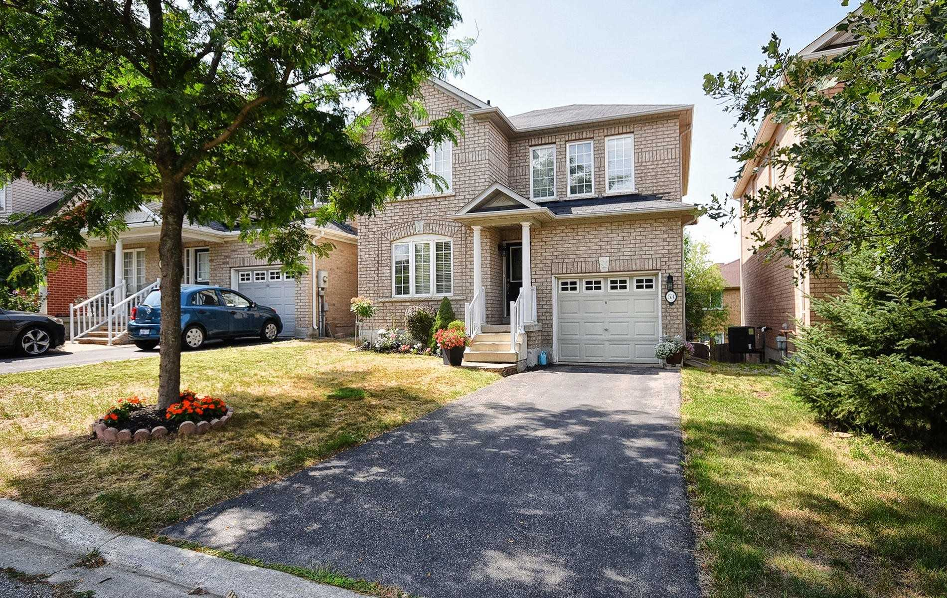 53 Knapton Dr, Newmarket, Ontario L3X3A9, 3 Bedrooms Bedrooms, 7 Rooms Rooms,3 BathroomsBathrooms,Detached,For Sale,Knapton,N4912134