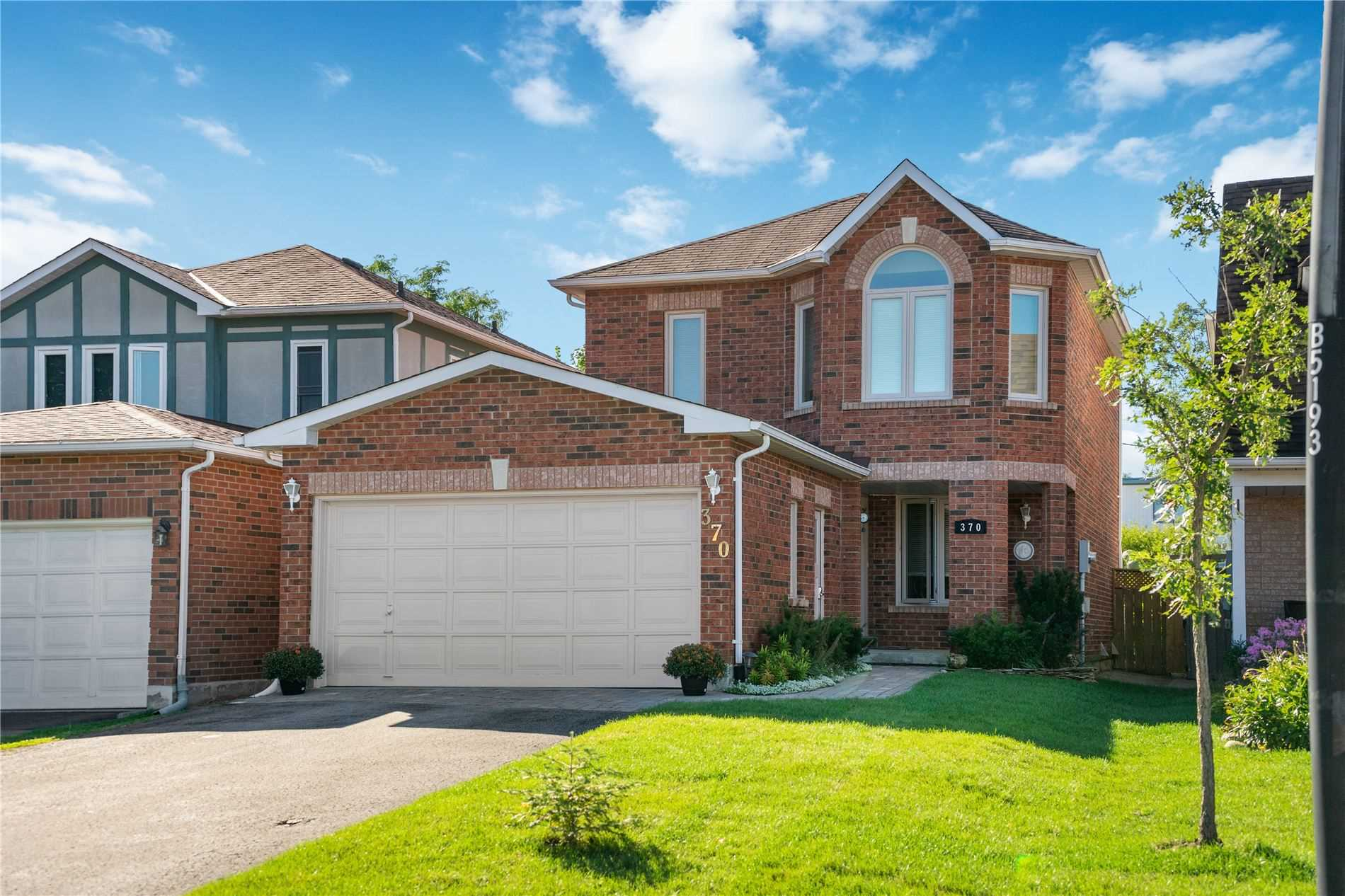 370 Pickering Cres, Newmarket, Ontario L3Y8G7, 3 Bedrooms Bedrooms, 6 Rooms Rooms,4 BathroomsBathrooms,Detached,For Sale,Pickering,N4900730