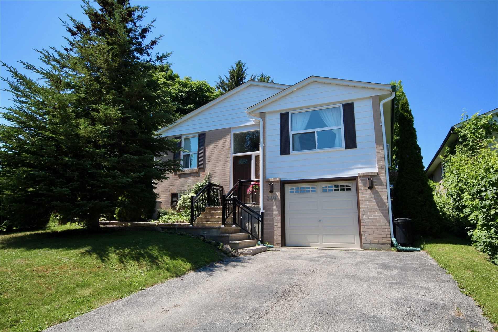340 Dixon Blvd, Newmarket, Ontario L3Y4V6, 3 Bedrooms Bedrooms, 6 Rooms Rooms,2 BathroomsBathrooms,Detached,For Sale,Dixon,N4803418