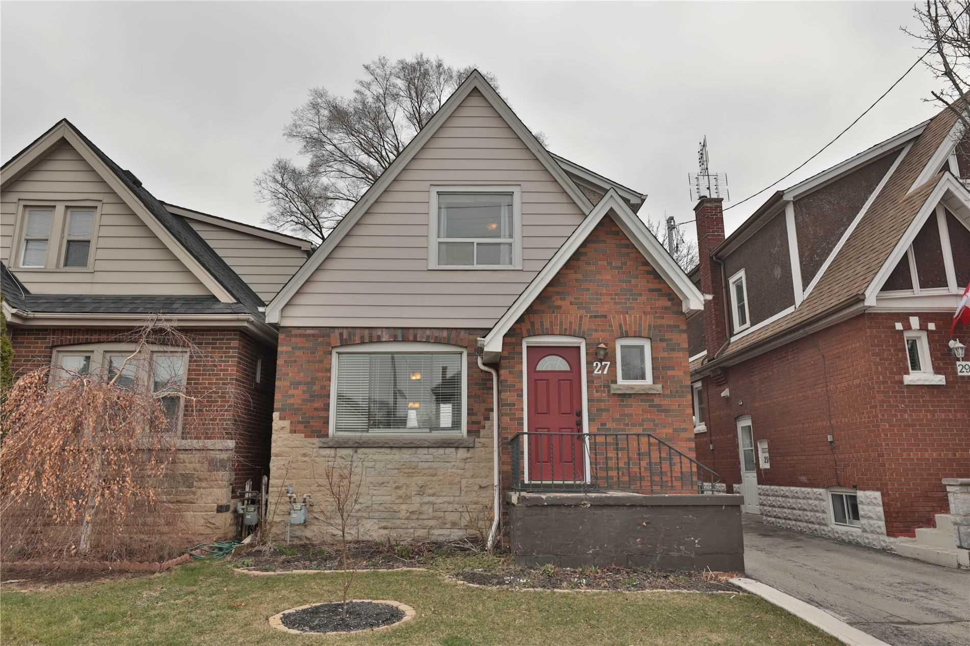 27 Kenilworth Ave, Hamilton, Ontario L8K2S7, 2 Bedrooms Bedrooms, 5 Rooms Rooms,2 BathroomsBathrooms,Detached,For Sale,Kenilworth,X4736422