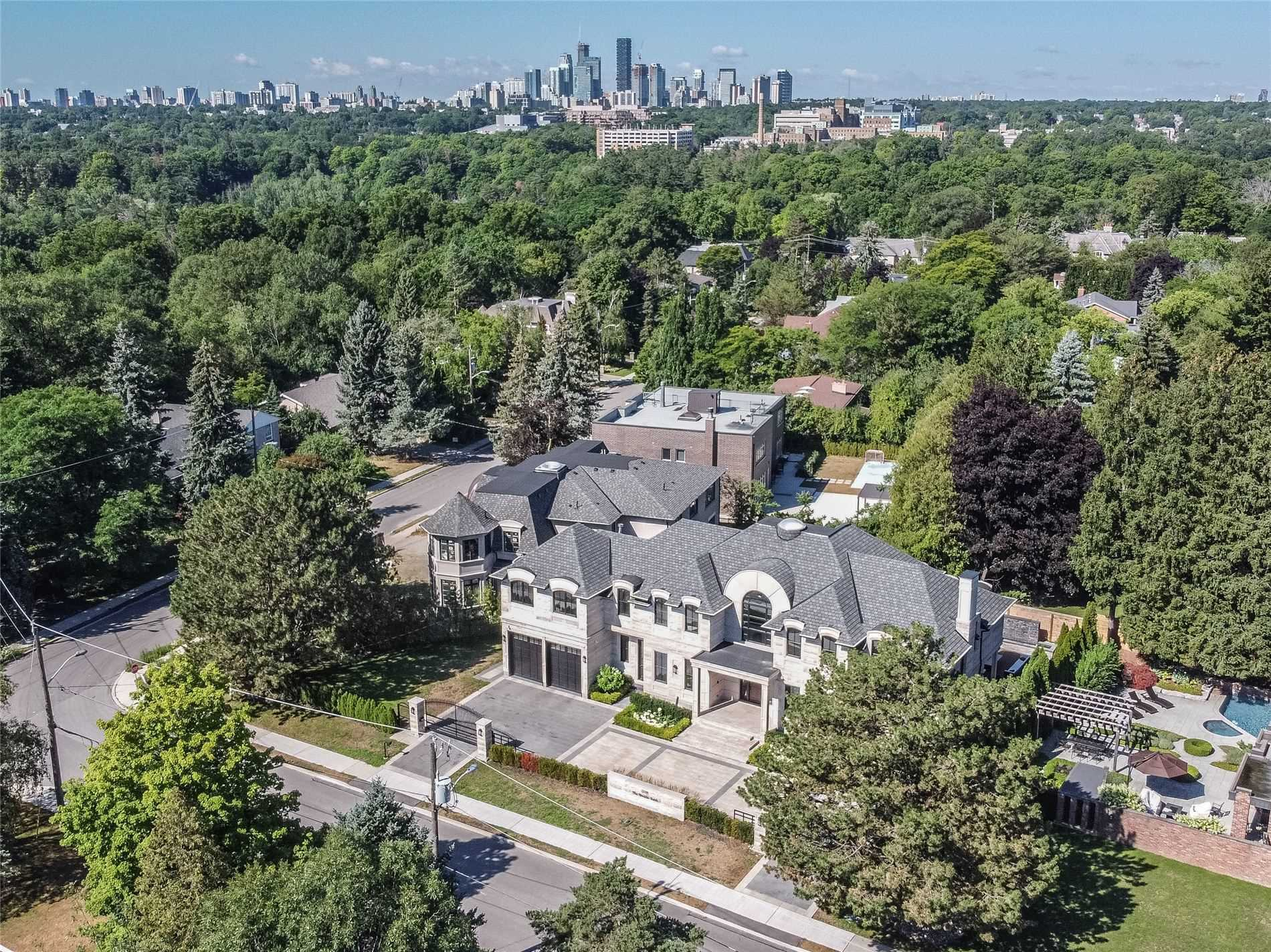 205 The Bridle Path, Bridle Path-Sunnybrook-York Mills, Toronto, Ontario M3C 2P6, 5 Bedrooms Bedrooms, 10 Rooms Rooms,9 BathroomsBathrooms,Detached,For Sale,The Bridle Path,C4866205