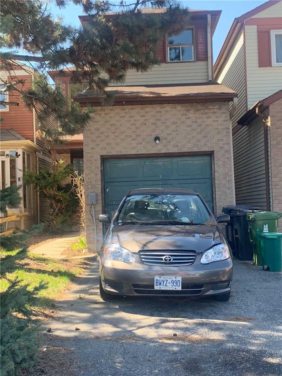 12 Warwick Castle Crt, Toronto, Ontario M1B3E2, 3 Bedrooms Bedrooms, 5 Rooms Rooms,2 BathroomsBathrooms,Detached,For Sale,Warwick Castle,E4754479