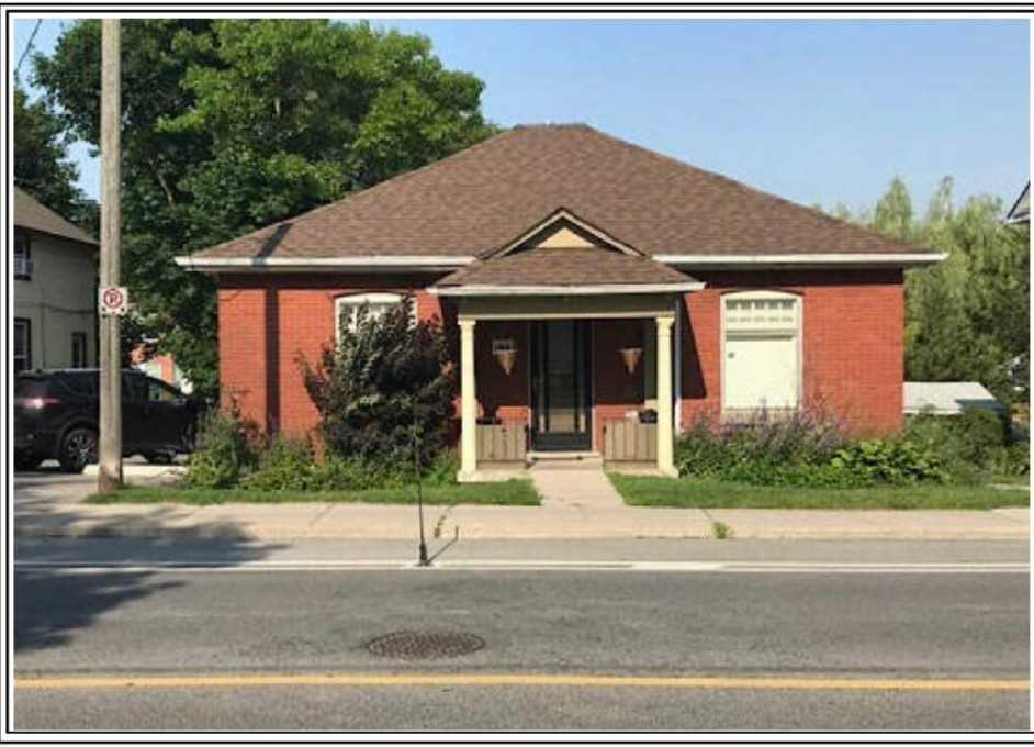 184 Prospect St, Newmarket, Ontario L3Y3T6, 2 Bedrooms Bedrooms, 5 Rooms Rooms,1 BathroomBathrooms,Detached,For Sale,Prospect,N4936918