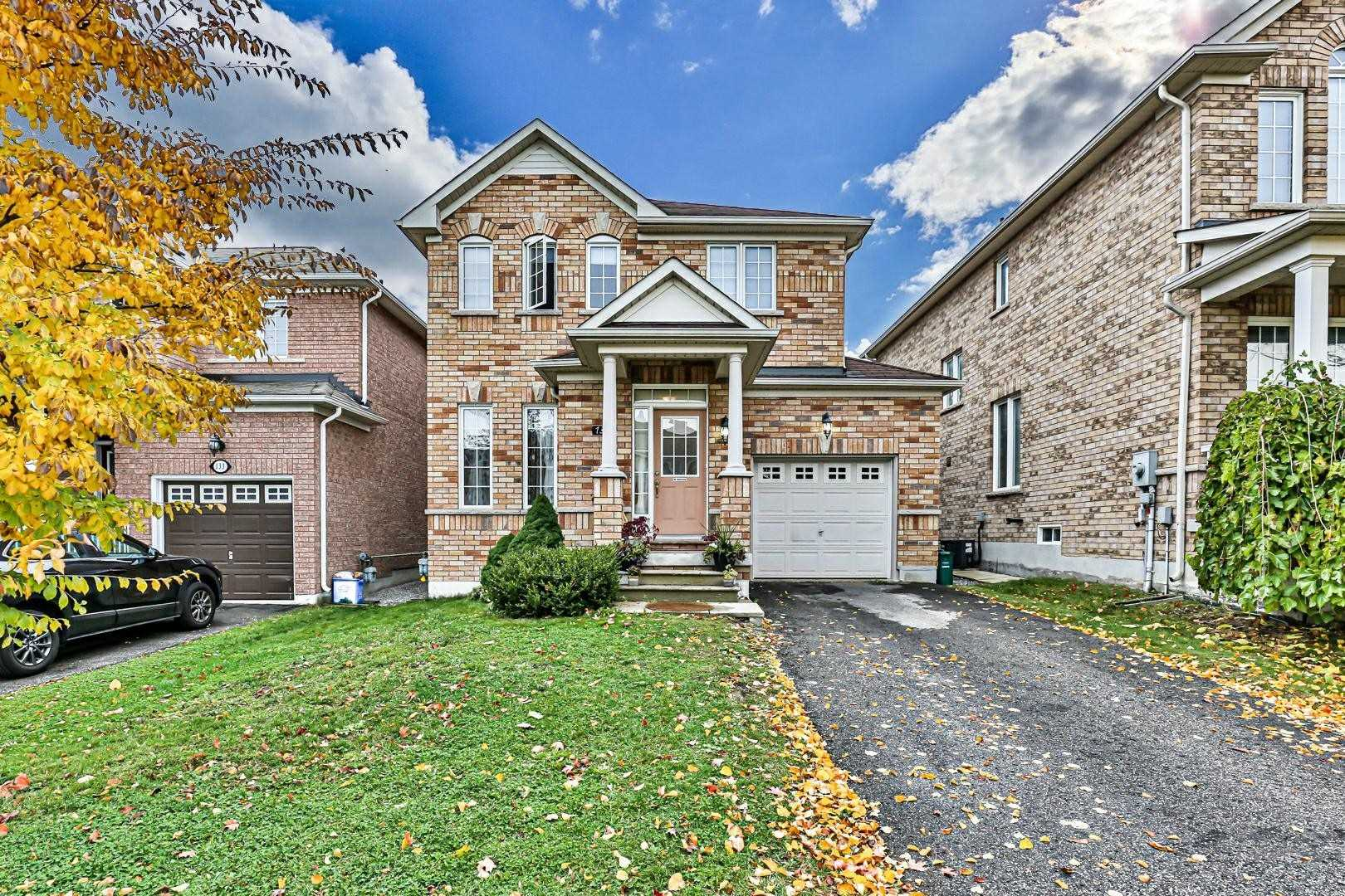 131 Beare Tr, Newmarket, Ontario L3X3B6, 3 Bedrooms Bedrooms, 6 Rooms Rooms,3 BathroomsBathrooms,Detached,For Sale,Beare,N4960353