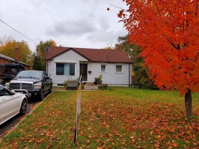 16 Weir Cres, Toronto, Ontario M1E3A9, 3 Bedrooms Bedrooms, 6 Rooms Rooms,2 BathroomsBathrooms,Detached,For Sale,Weir,E4965071
