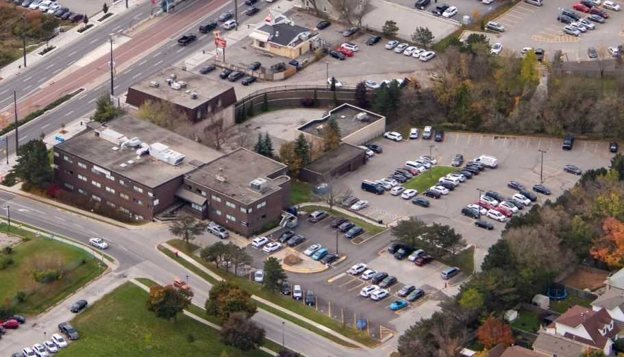 679 Davis Dr 305, Huron Heights-Leslie Valley, Newmarket, Ontario L3Y2R2, ,Office,For Lease,Davis,N4981127
