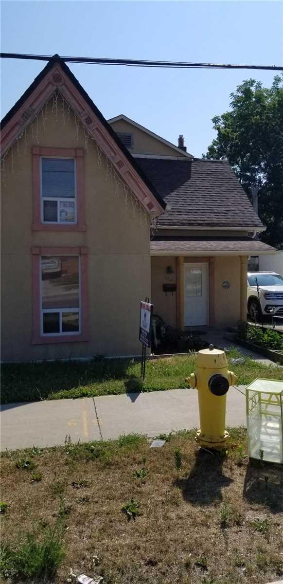 8001 Kipling Ave, West Woodbridge, Vaughan, Ontario L4L2A2, 3 Bedrooms Bedrooms, 7 Rooms Rooms,2 BathroomsBathrooms,Detached,For Sale,Kipling,N5063421