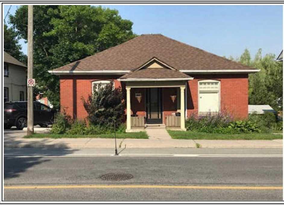 184 Prospect St, Newmarket, Ontario L3Y3T6, 2 Bedrooms Bedrooms, 5 Rooms Rooms,1 BathroomBathrooms,Detached,For Sale,Prospect,N4795656