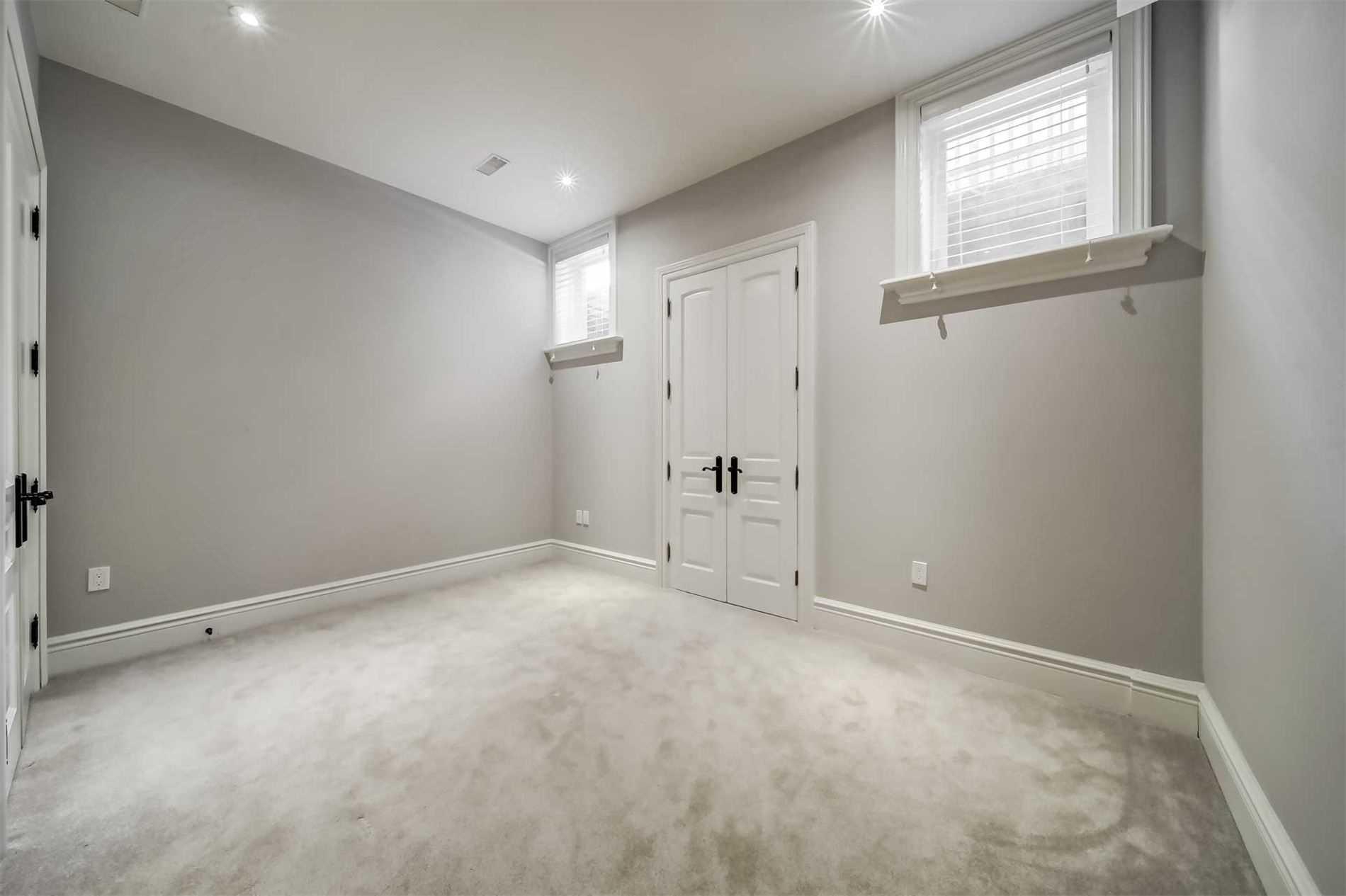 93 Larkfield Dr, Toronto, Ontario M3B2H6, 5 Bedrooms Bedrooms, 11 Rooms Rooms,8 BathroomsBathrooms,Detached,For Sale,Larkfield,C4796731