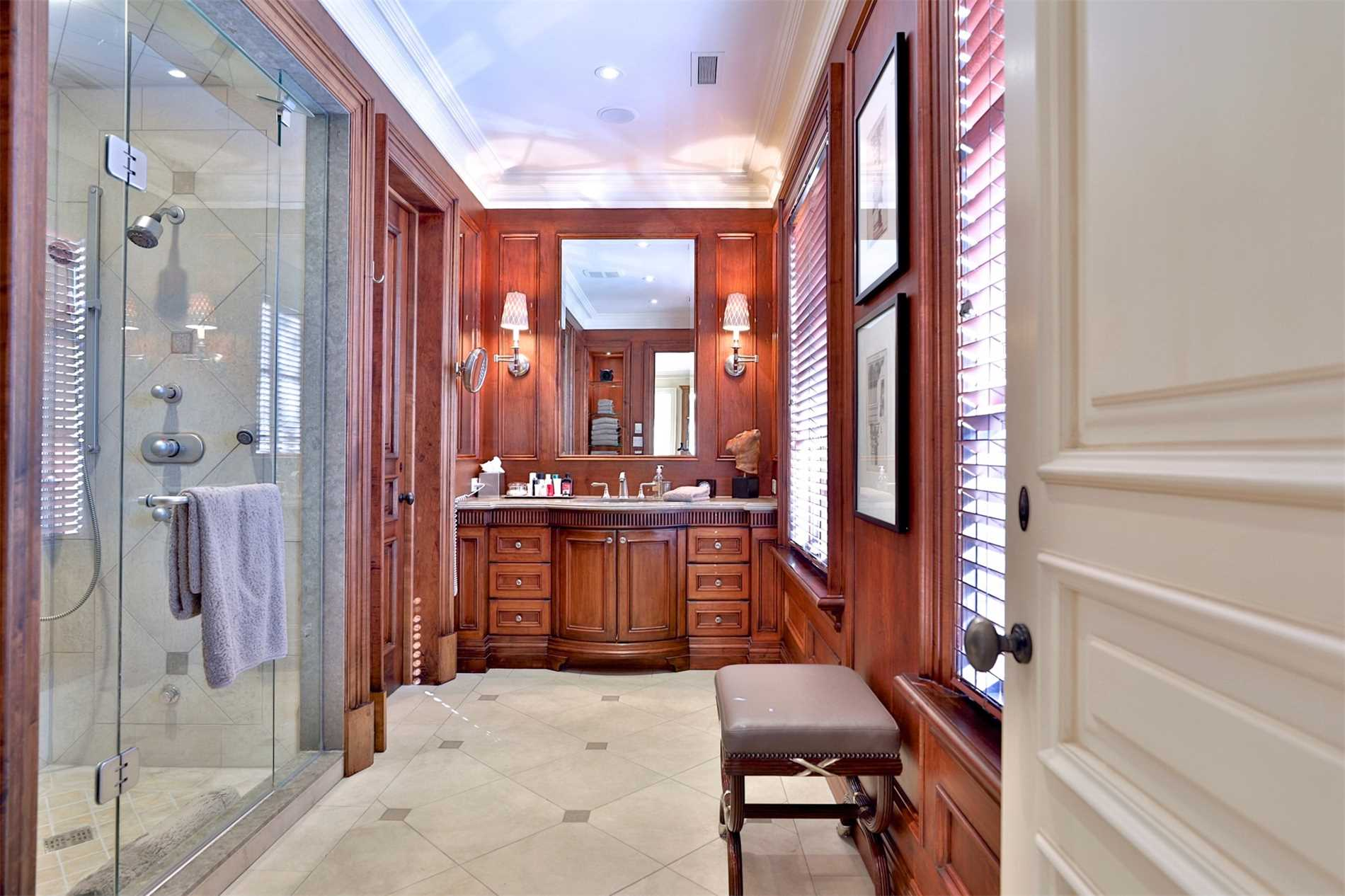 95 Old Colony Rd, Toronto, Ontario M2L 2K3, 4 Bedrooms Bedrooms, 14 Rooms Rooms,9 BathroomsBathrooms,Detached,For Sale,Old Colony,C4780816