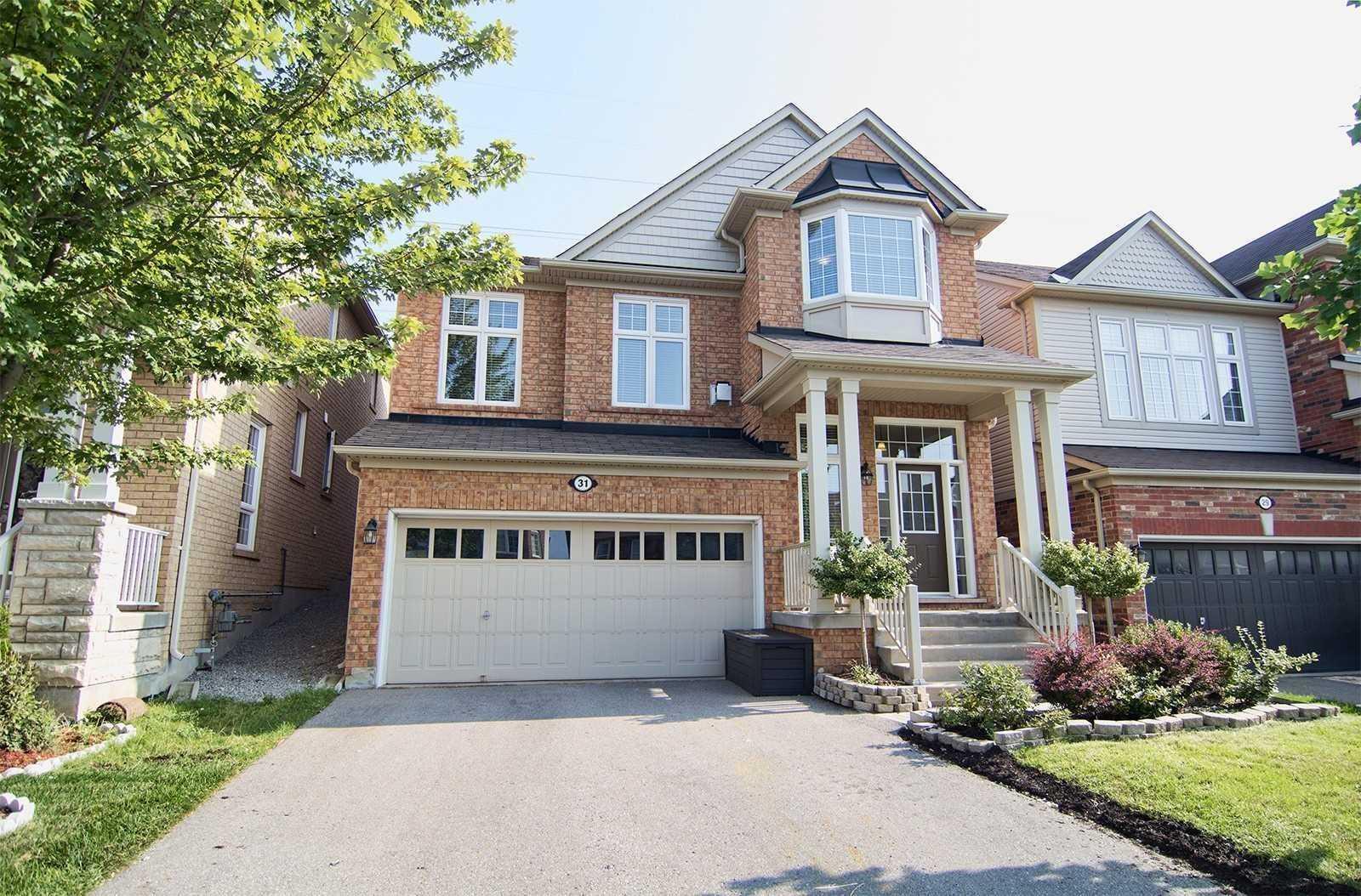 31 Bulmer Cres, Newmarket, Ontario L3X3J9, 4 Bedrooms Bedrooms, 8 Rooms Rooms,4 BathroomsBathrooms,Detached,For Sale,Bulmer,N4768473