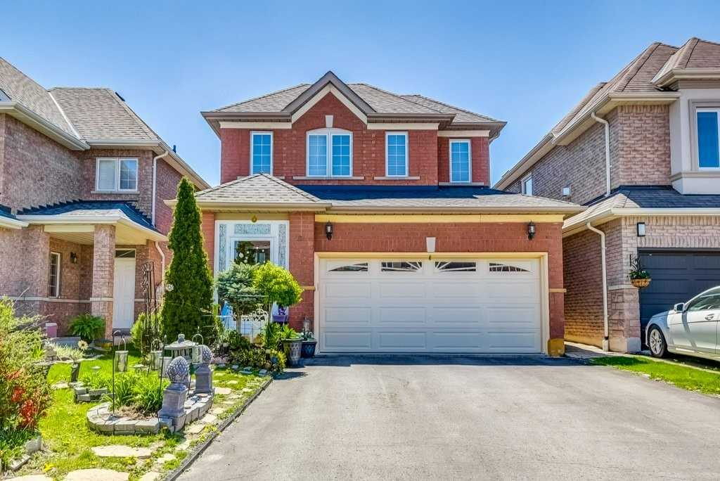 284 Mcbride Cres, Newmarket, Ontario L3X2W4, 3 Bedrooms Bedrooms, 6 Rooms Rooms,3 BathroomsBathrooms,Detached,For Sale,Mcbride,N4768103
