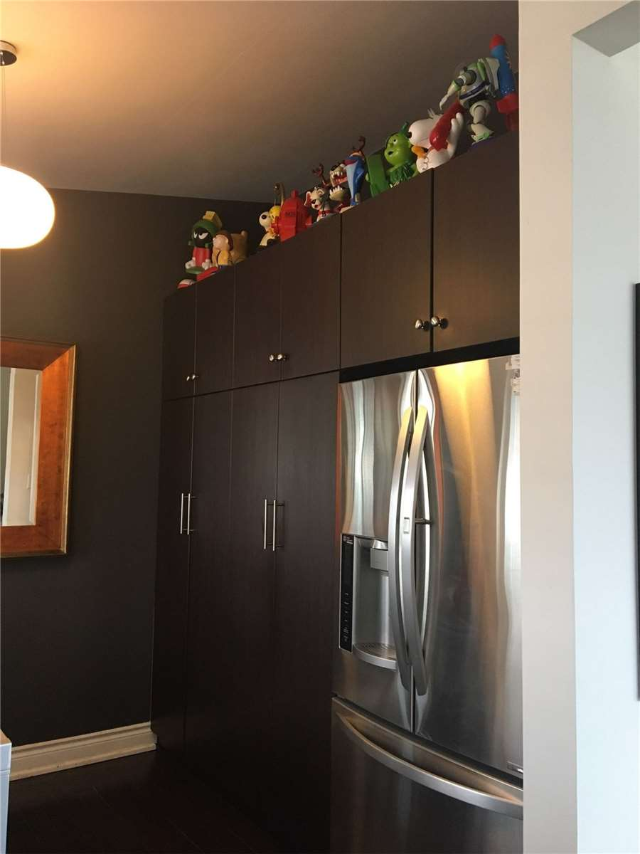 2A King Georges Drive Dr, Toronto, Ontario M6M 2G9, 3 Bedrooms Bedrooms, 6 Rooms Rooms,3 BathroomsBathrooms,Detached,For Sale,King Georges Drive,W4745271