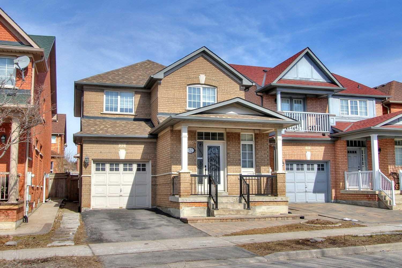 32 Hawkview Blvd, Vaughan, Ontario L4H2E2, 3 Bedrooms Bedrooms, ,3 BathroomsBathrooms,Detached,For Sale,Hawkview,N4715533
