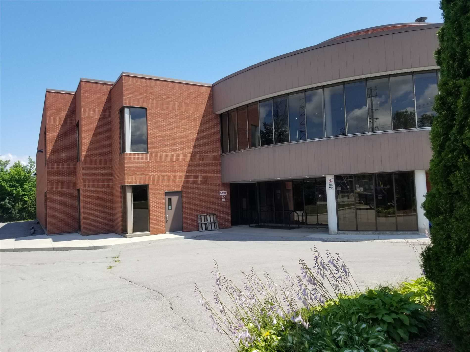 300 Peter St, Orillia, Orillia, Ontario L3V 5A2, ,Investment,For Sale,Peter,S5318305