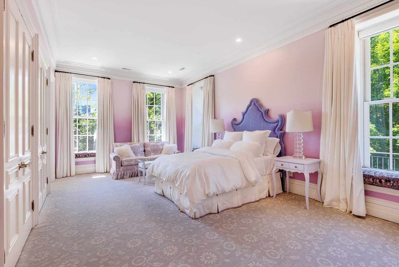 124 Park Rd, Toronto, Ontario M4W2N7, 5 Bedrooms Bedrooms, ,9 BathroomsBathrooms,Detached,For Sale,Park,C4396461