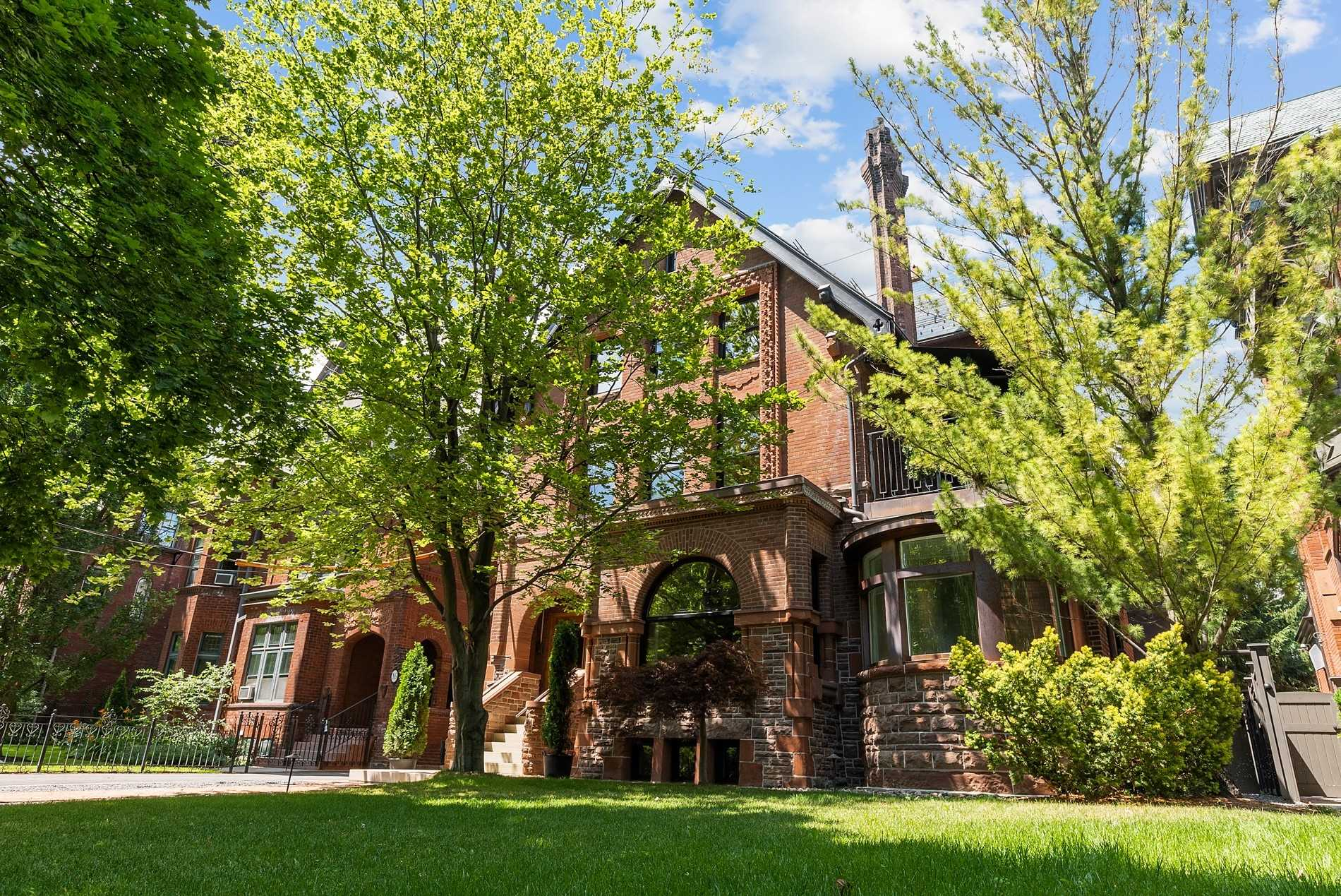18 Elm Ave, Toronto, Ontario M4W1N3, 7 Bedrooms Bedrooms, 18 Rooms Rooms,5 BathroomsBathrooms,Detached,For Sale,Elm,C4859898