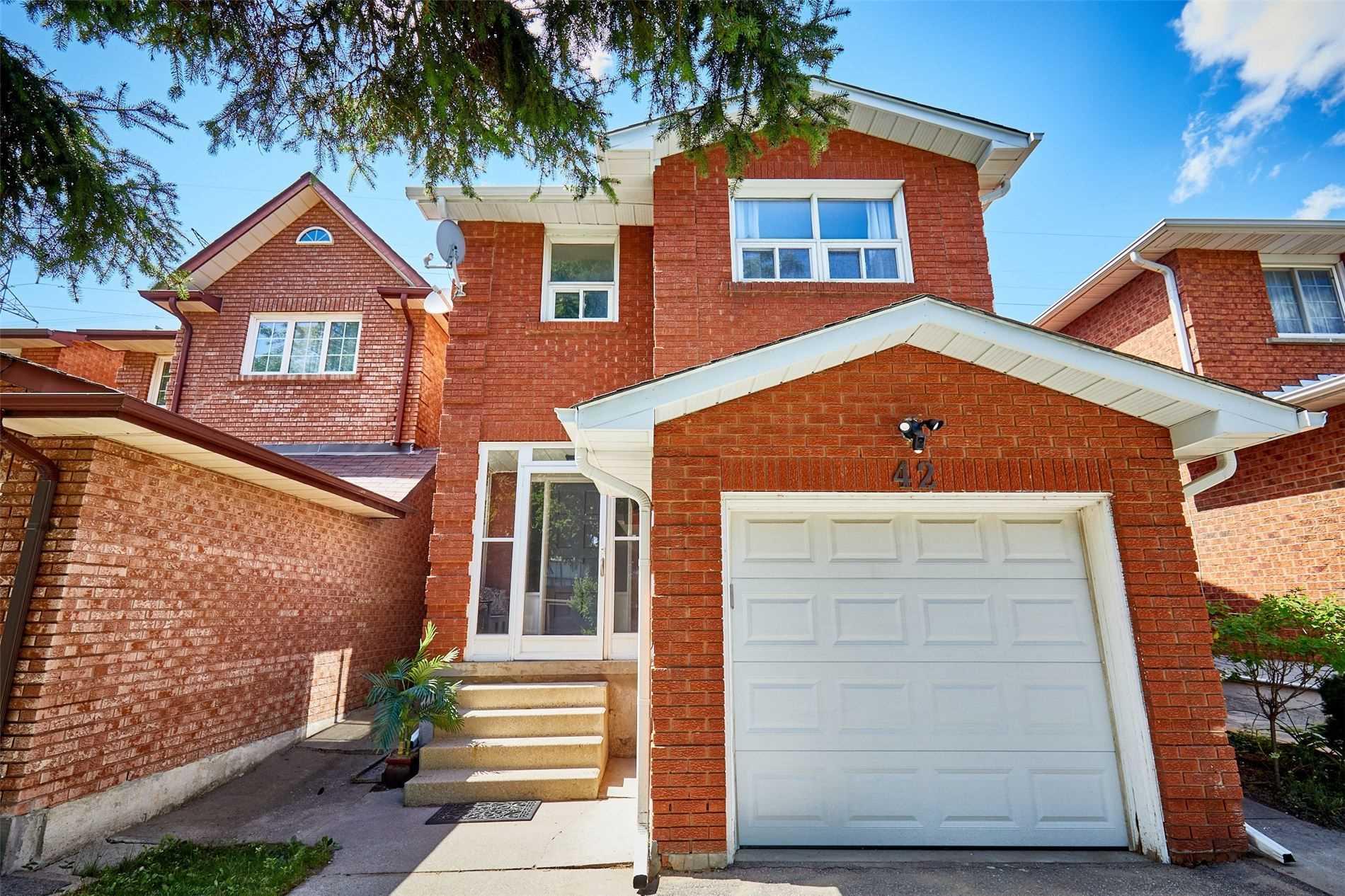 42 Oakmount Cres, Vaughan, Ontario L4K2C3, 3 Bedrooms Bedrooms, 6 Rooms Rooms,3 BathroomsBathrooms,Detached,For Sale,Oakmount,N4854771